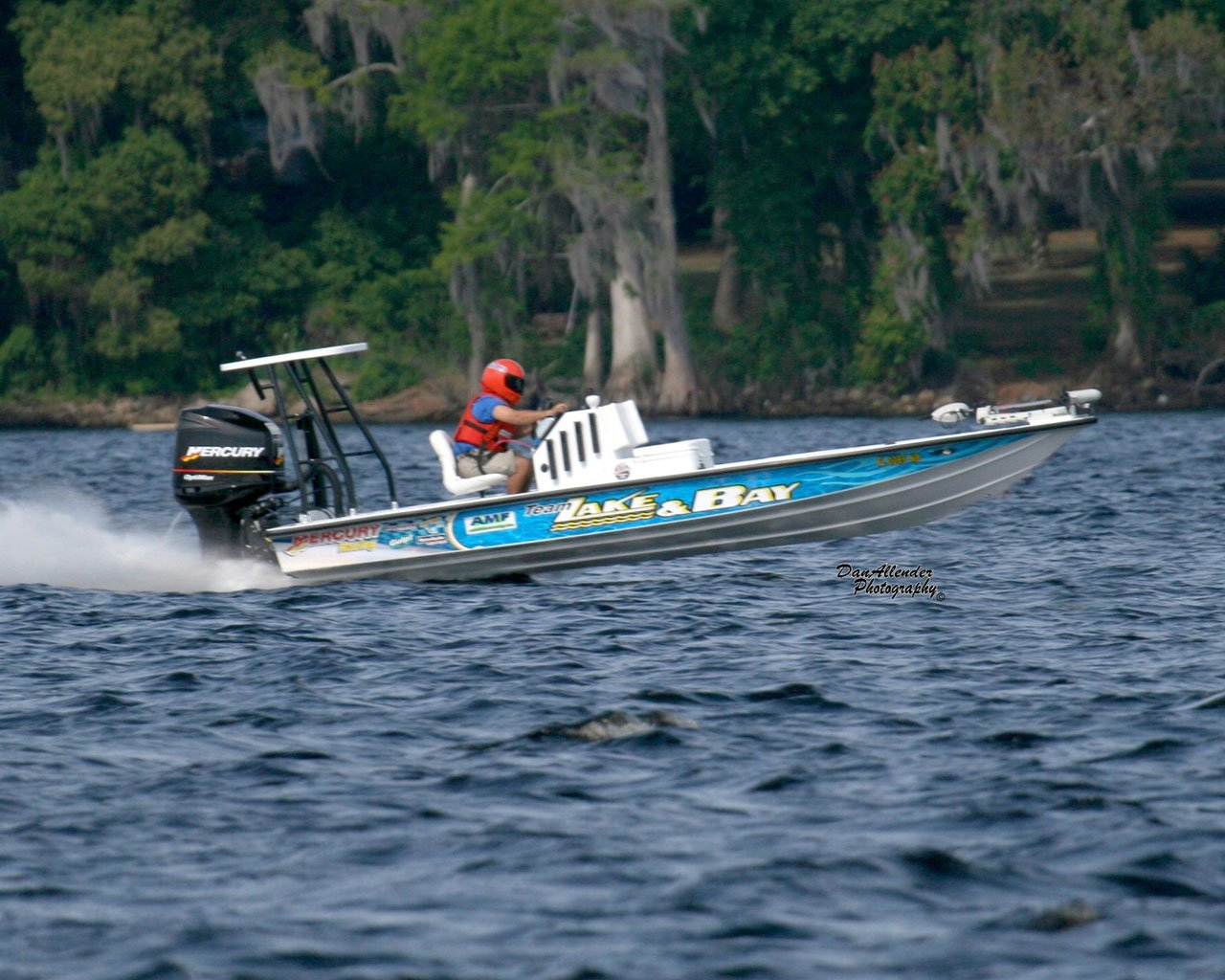 Lake and Bay Boats sets World Speed Record | Lake And Bay ...